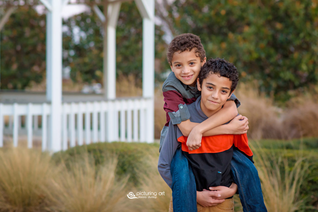 lifestyle, boys, giggle, family session, family, brothers, African American, natural hair, curly hair, curly, children, kids, portraits, photography, pictures, photo, photo session, family photo session, picturing art, donna dunlap
